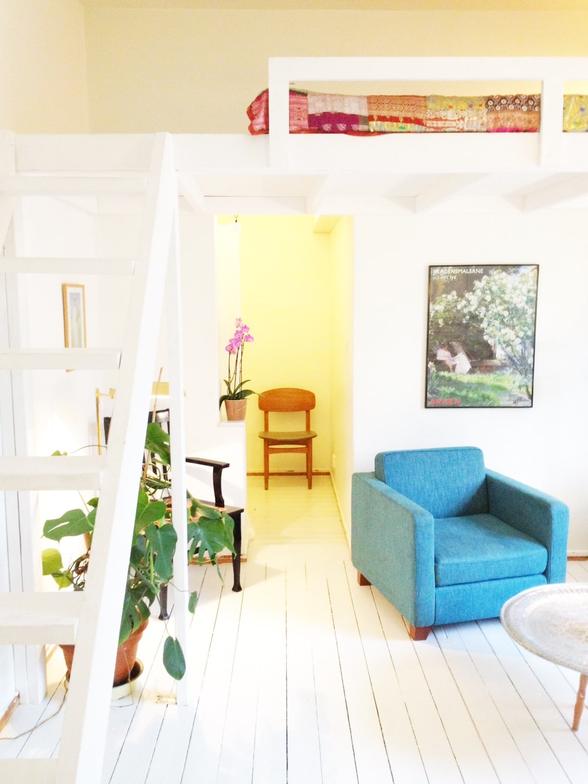 1,5 room studio, staircase to loft bed