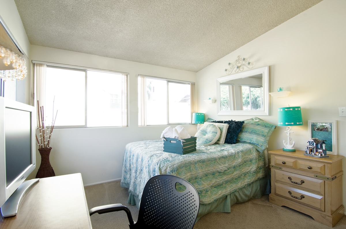 Main Guest Room - Has been upgraded with brand new QUEEN BED