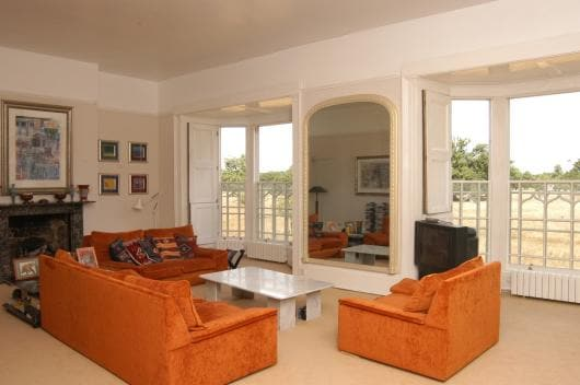 Lounge with stunning views over Bushy Park