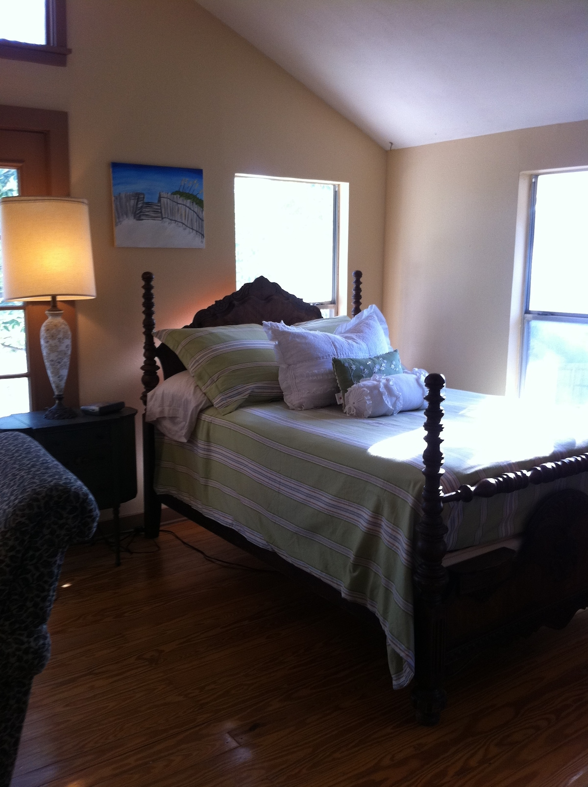 Antique Wooden bed with brand new mattress and fresh linens!