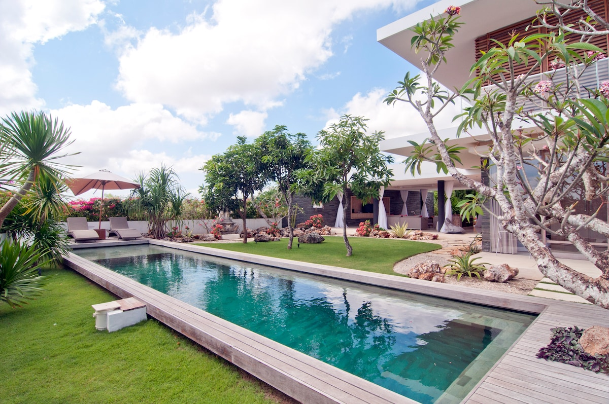 15 meter long pool with a shallow sitting area.  Perfect for kids and lounging, pool fence available.