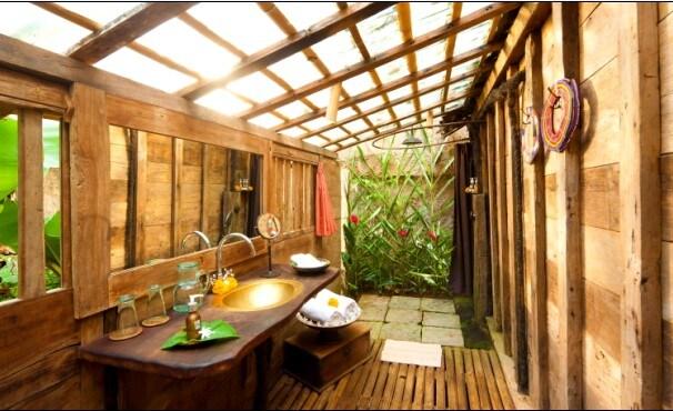 Our Shrimp House has a very spacious bathroom!