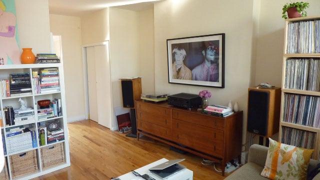 alt. view of living room