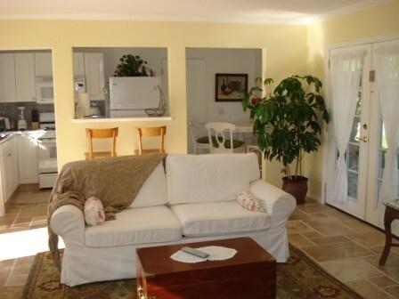 Cozy Cottage -CarlasCottages/com