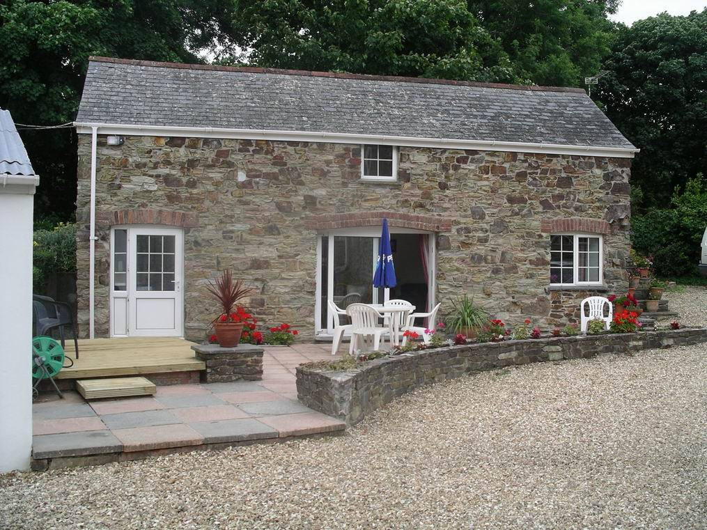 Charming detached Stone Cottage