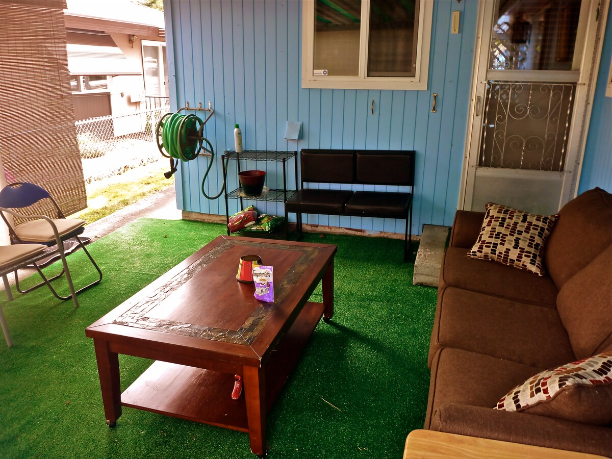 The open back porch area is smoker friendly (I don't smoke but it's OK out here!)