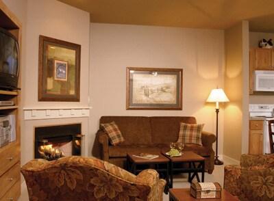 Windsor, CA Resort 1 Bdrm Condo 1