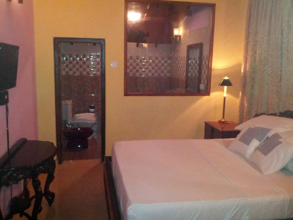 Comfortable rooms near the Airport