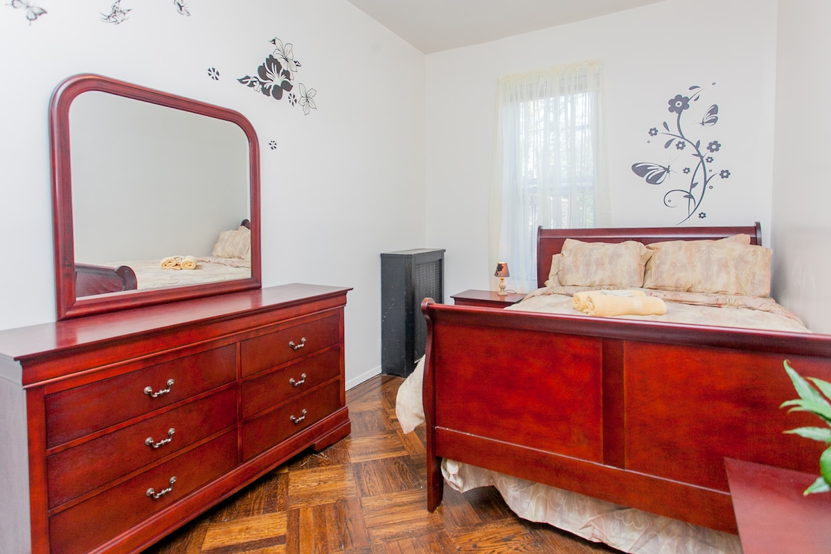 Brand New Full Size Bed & Cozy in Brooklyn Special@ $62.00 a Night