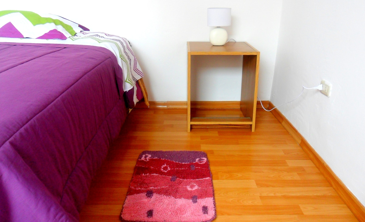 Private Apt / Flat by Lima Airport