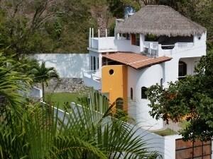 Near beach house, Cuastecomate