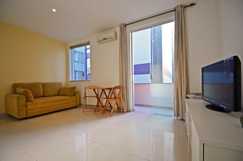 Georgeous 1 Bedroom in Leblon U003