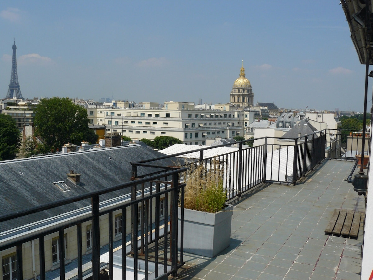 Exceptional view over all of Paris