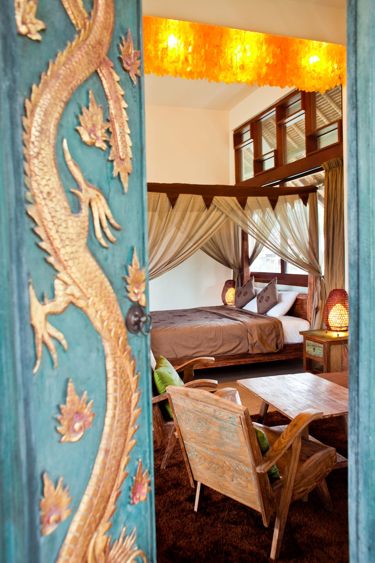 "Entrance to the ""Dragon Suite"""
