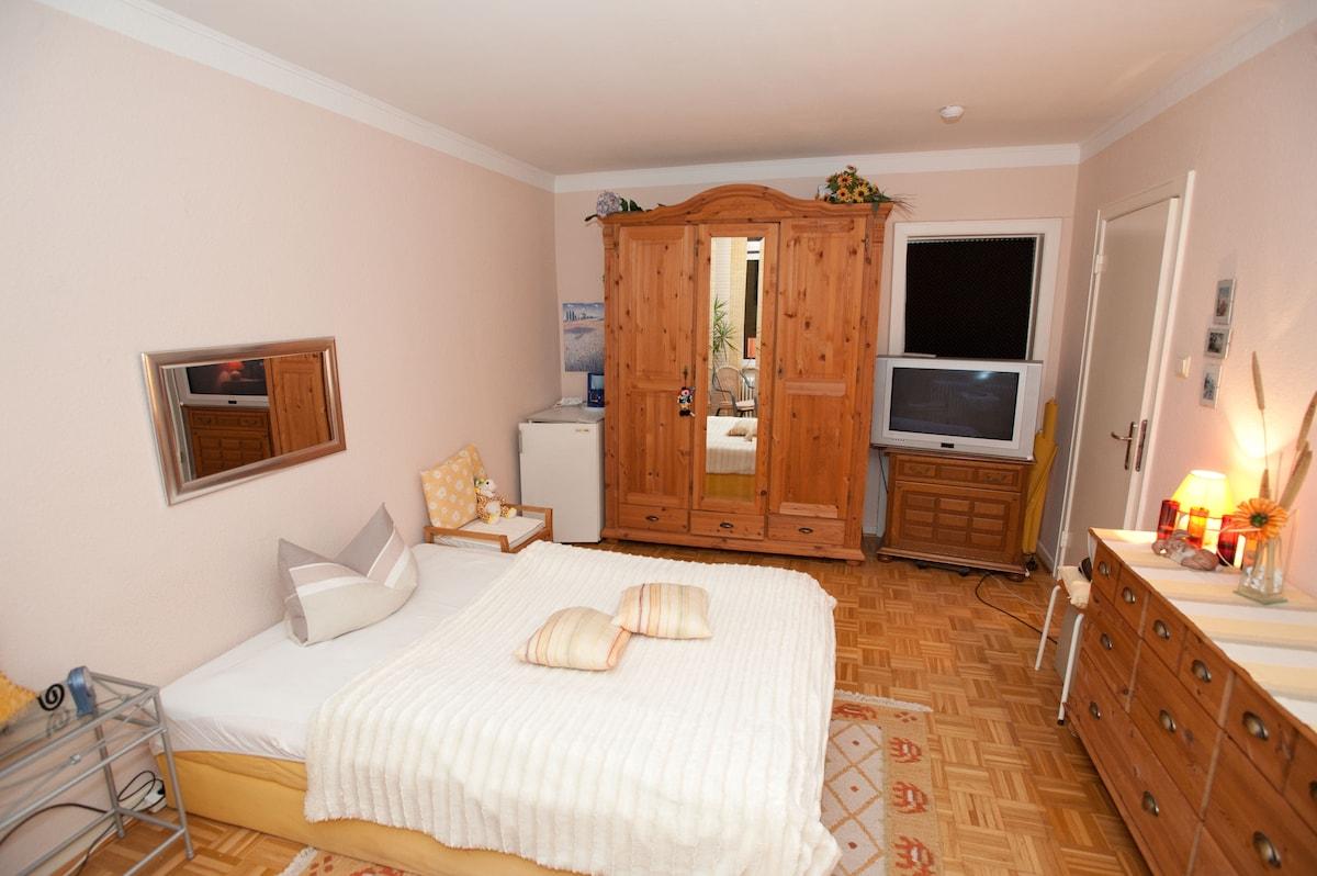 Single room with panoramic views