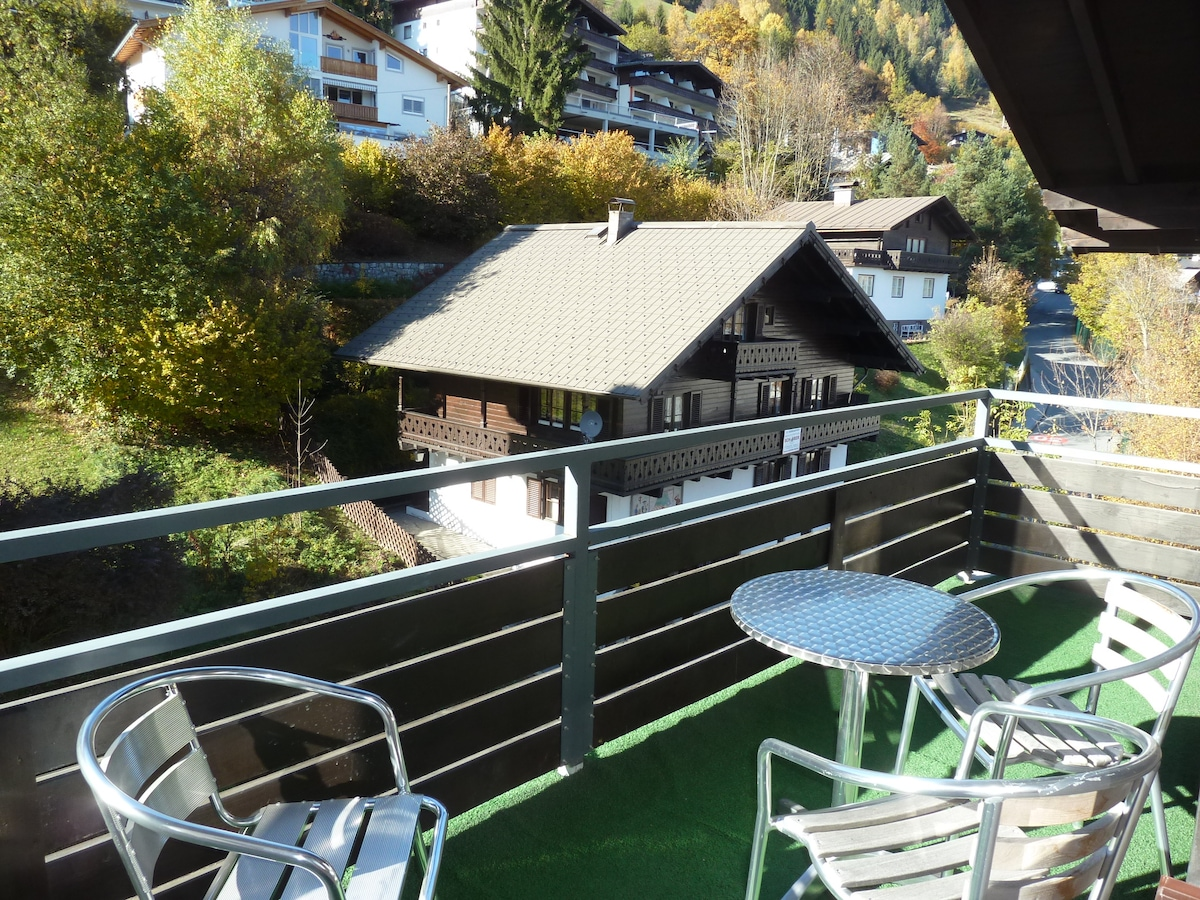 Central Zell apartment (sleeps 6)