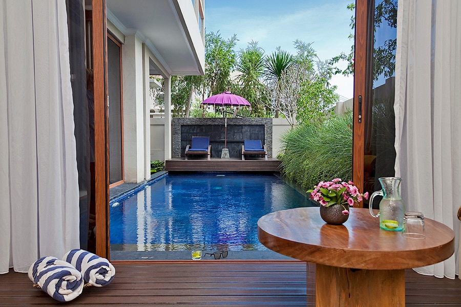 10x4 metres private swimming pool of the Sky House.