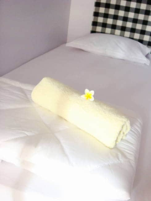 Cotton bedsheets and towel