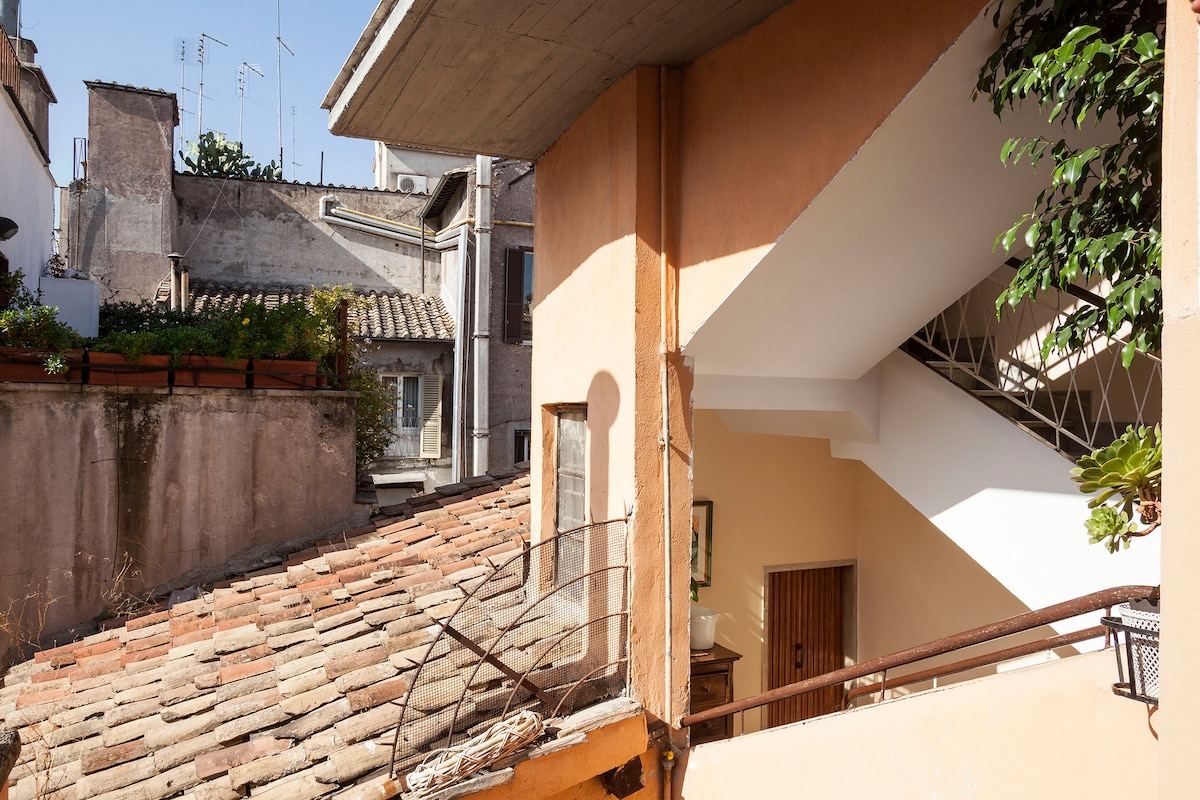 Astonishing flat with terrace for 3