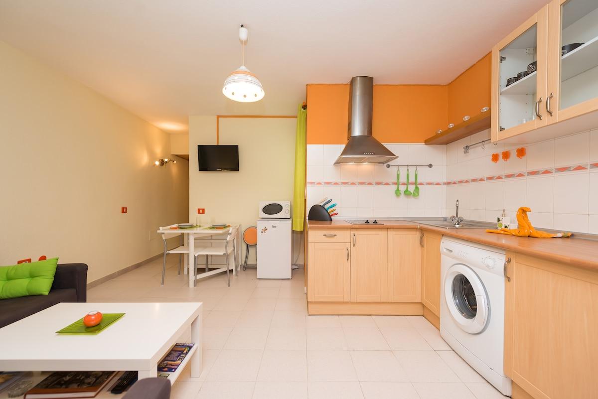 Moderno apartamento en Arinaga.