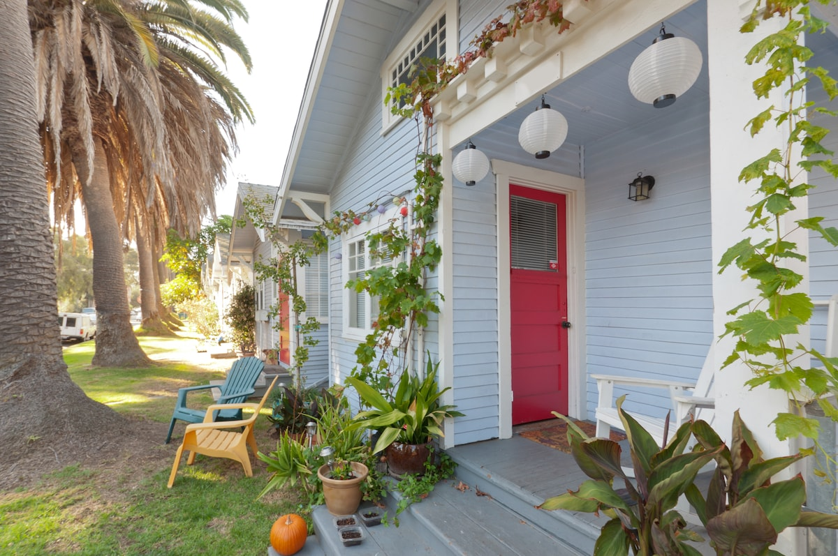 Hippest St. in Venice Bch- Eco Pad