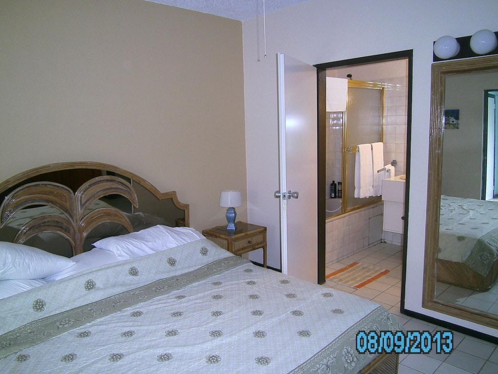 2 Bedrooms with private bathroom