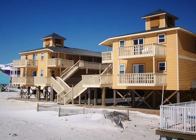 Beachside Condo Sunrise Village 114