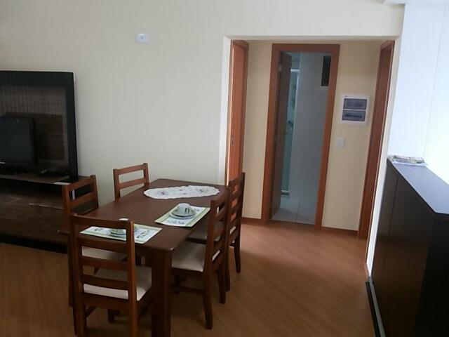 Sala de estar com Varanda - Detalhe da entrada para os quartos e o WC.