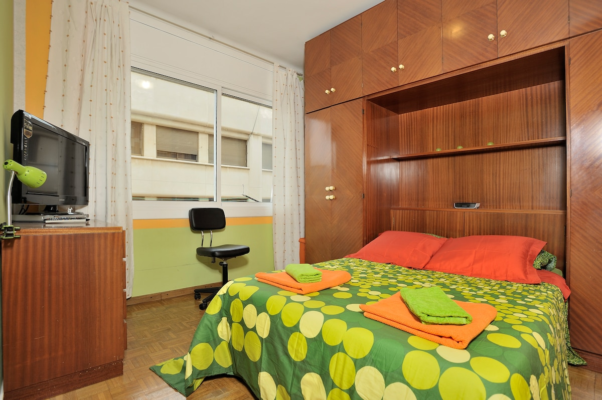 NICE AND BRIGHT ROOM