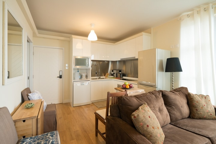 Fully equipped open kitchen. Split type air conditioning units with heating and dehumidifying functions.