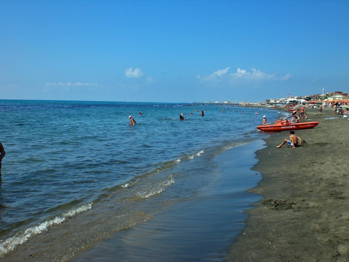 Ostia Beach Rome Holiday Apartment