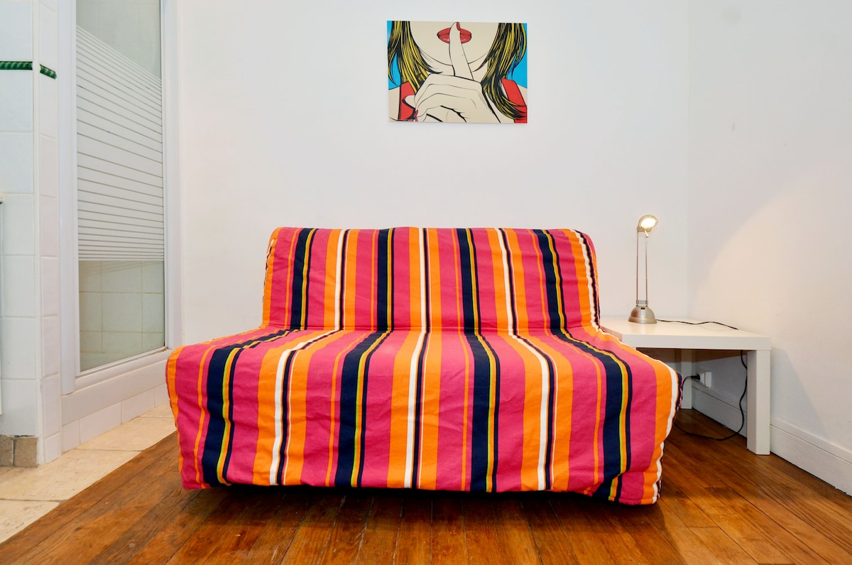 Couch/ bed (size : 140*190cm)