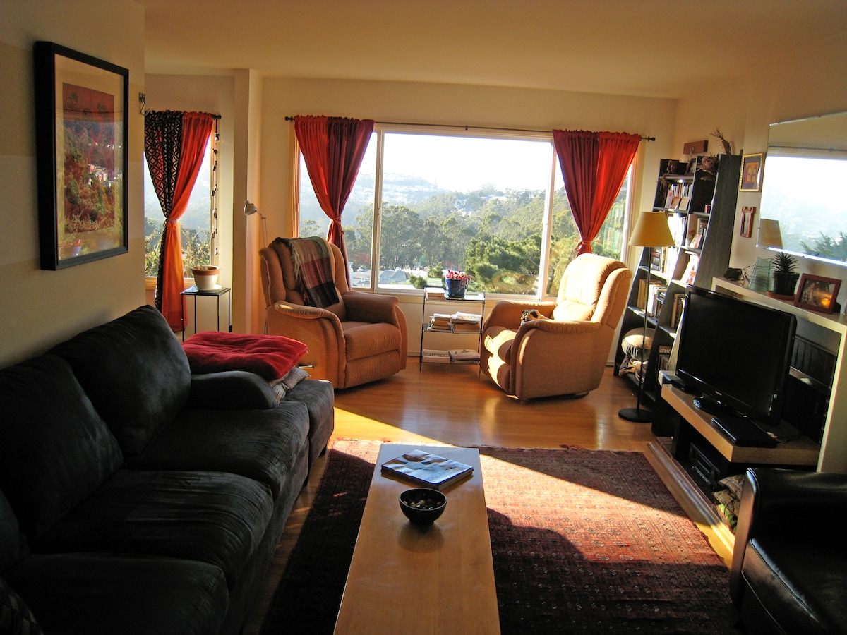 Comfortable Home in Twin Peaks!