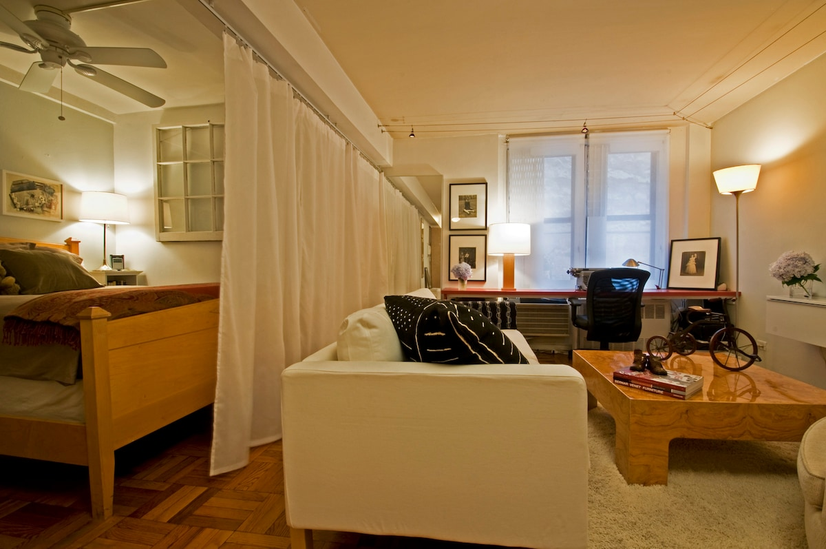 Stay in the Meatpacking District!