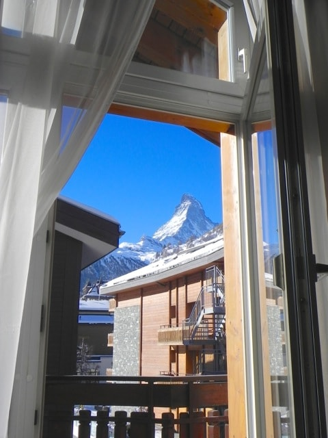 Amazing view on the Matterhorn from the living room