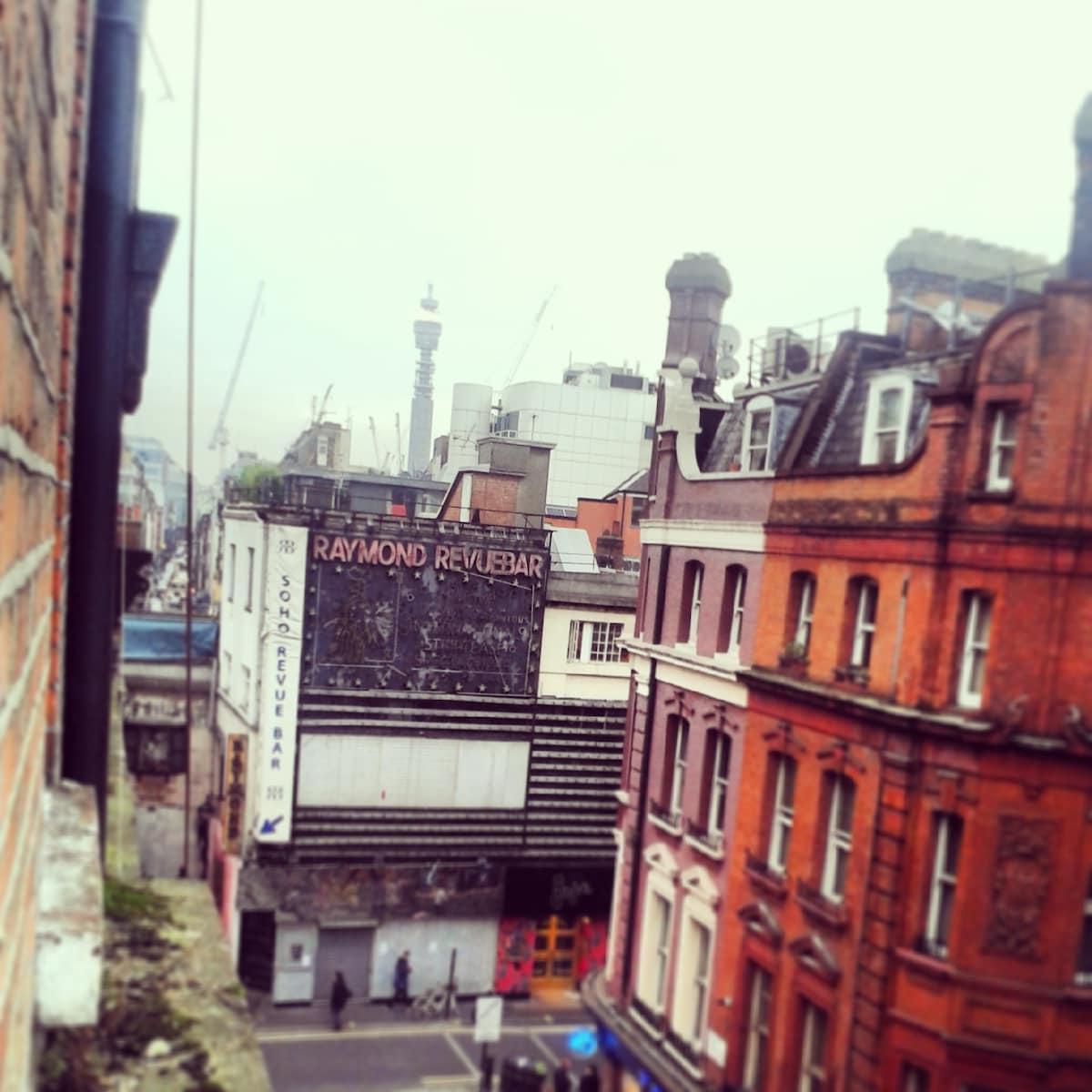Bedsit studio by Soho/Piccadilly