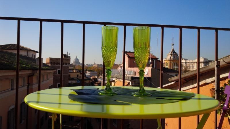 Romantic Nest over the roman roofs