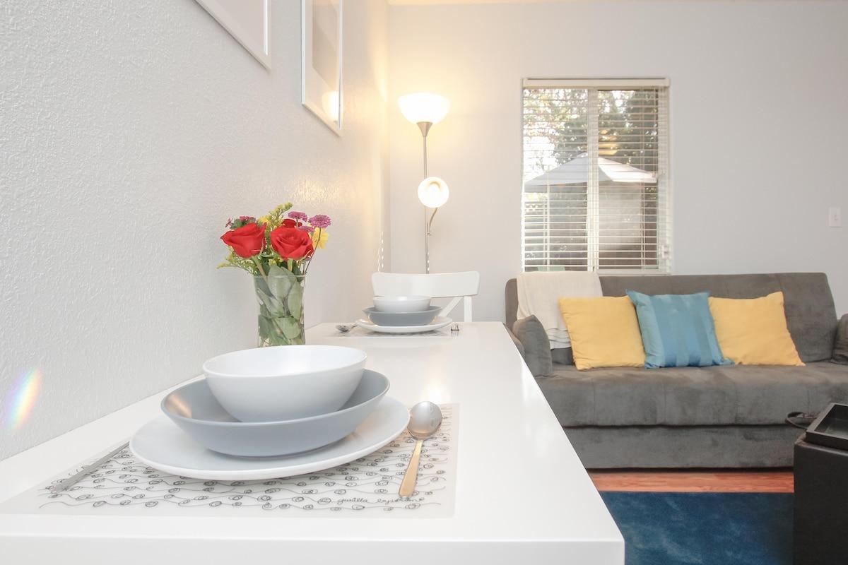 Modern 1 Bedr Cottage-Spacious! Zen