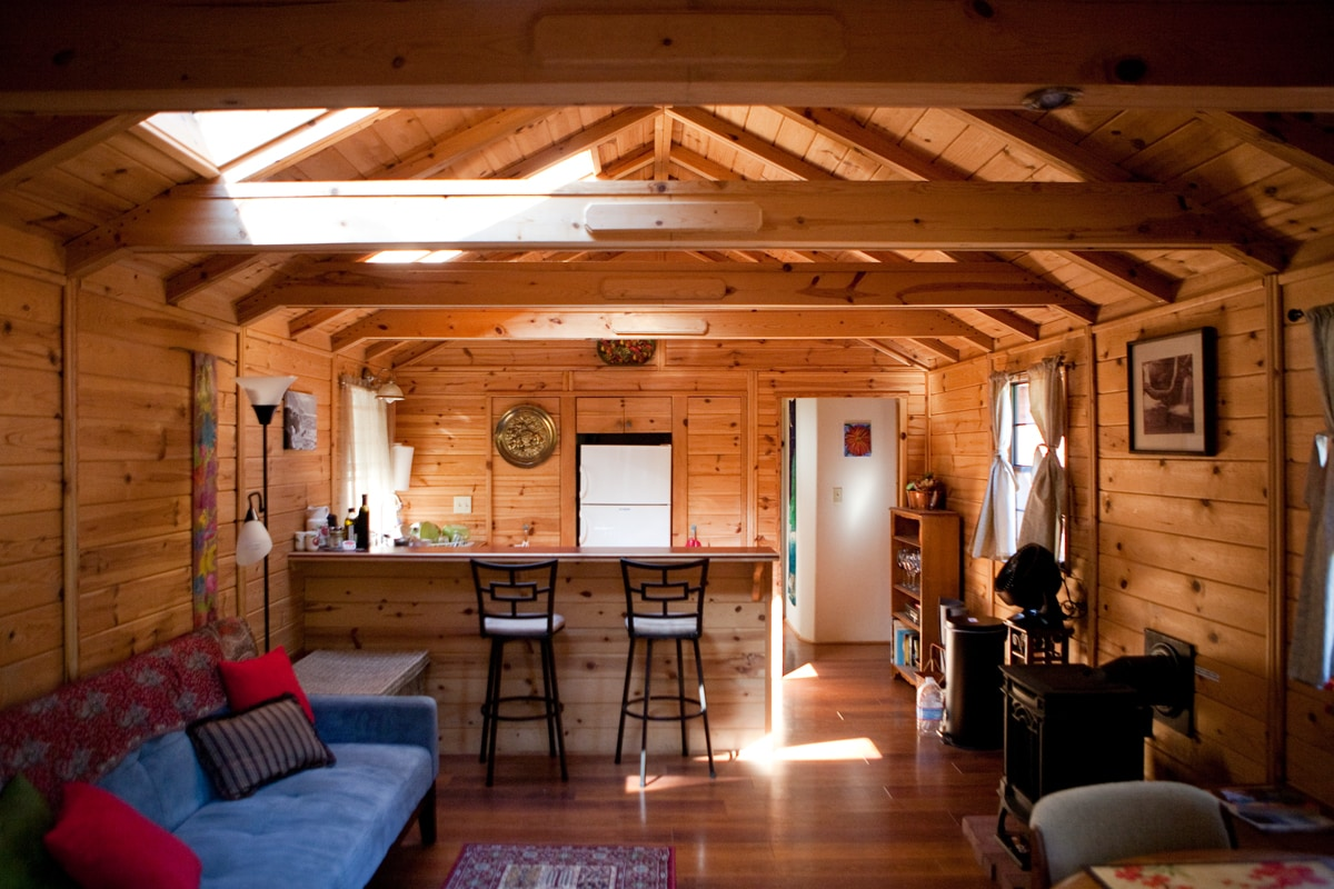 Enjoy this cozy pine cabin in the heart of Big Sur