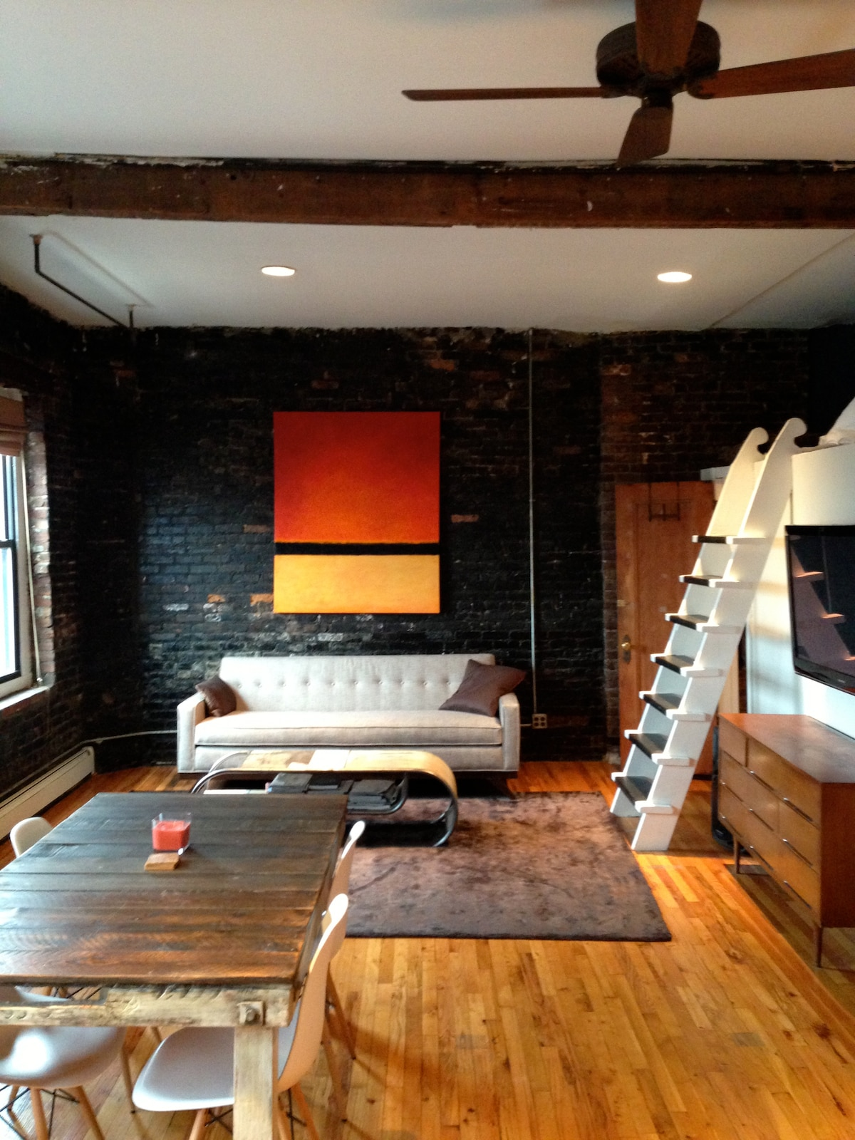 Amazing, quiet LES loft near subway