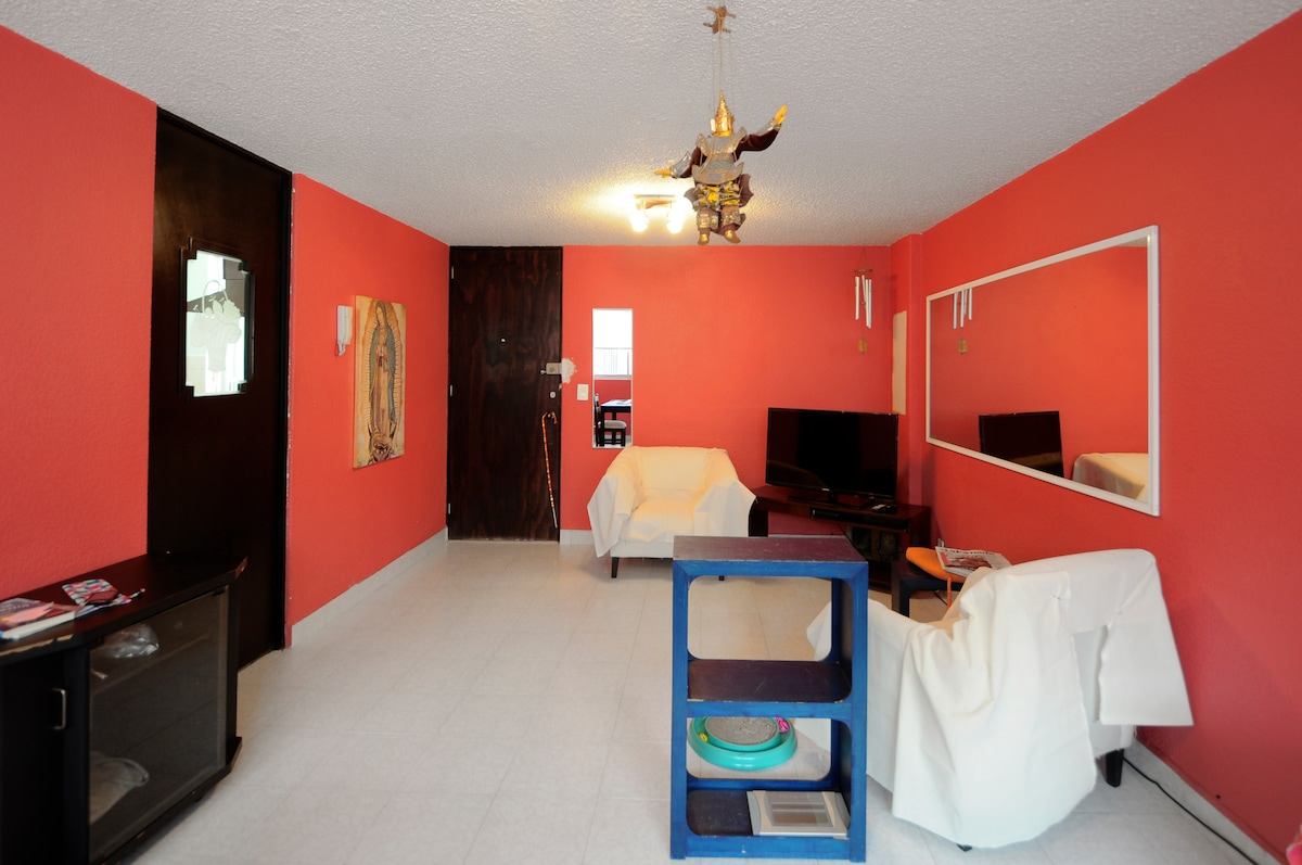 Well situated,  room near Polanco