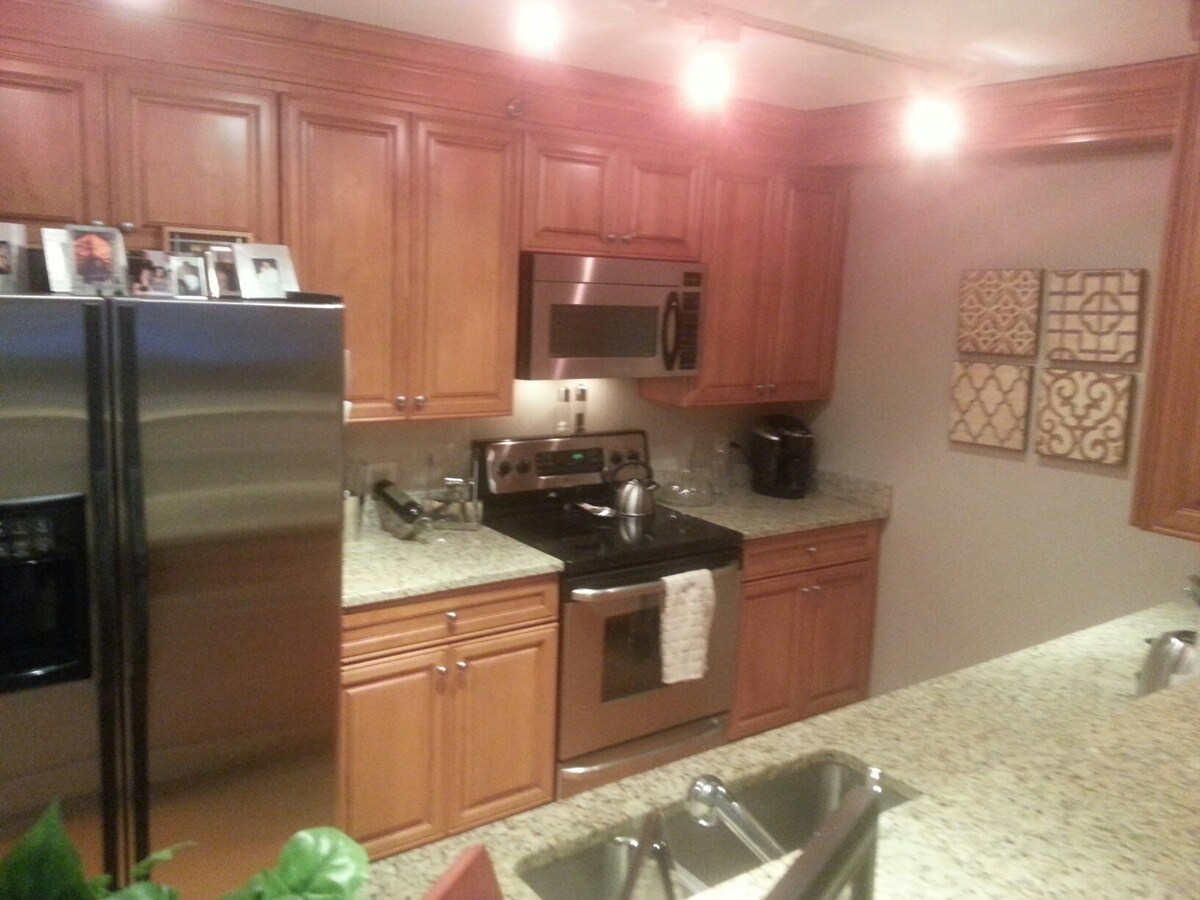 Kitchen...BYOR (Bring your own recipes). Keurig coffee is provided complimentary however.