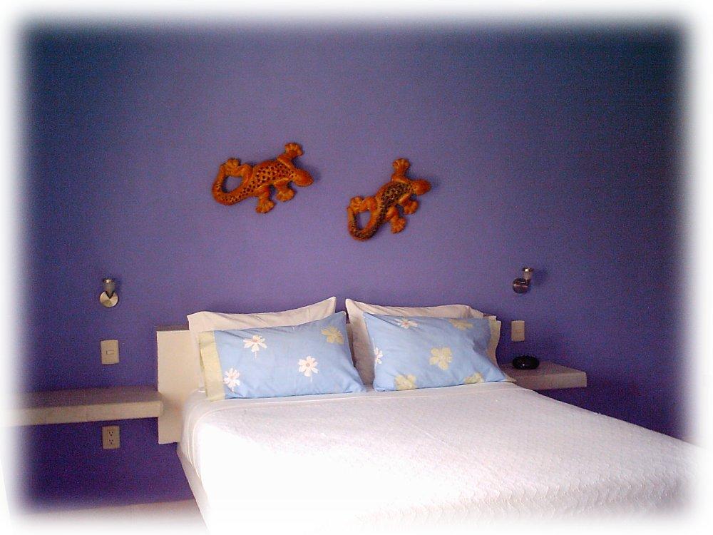 Coral Reef Inn Queen Room # 3