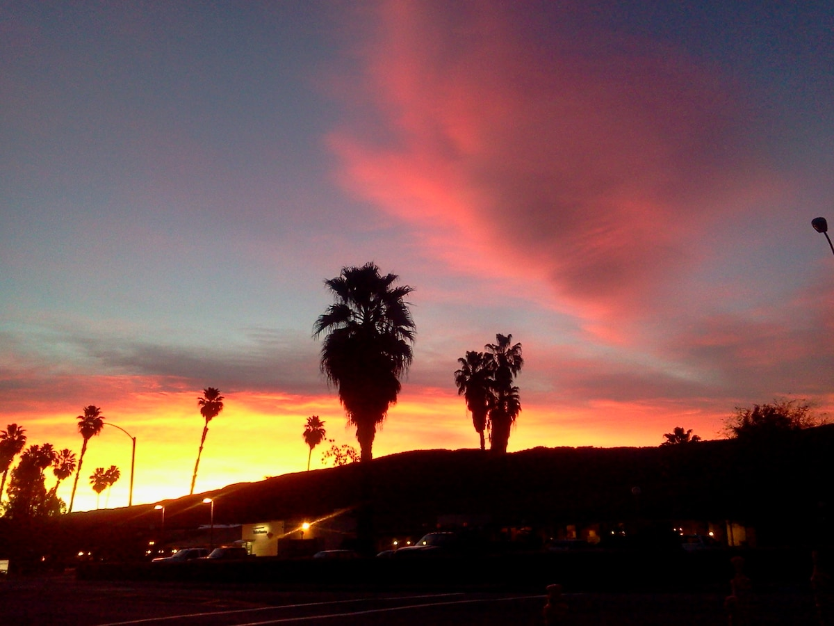 Just another beautiful Ojai sunset---