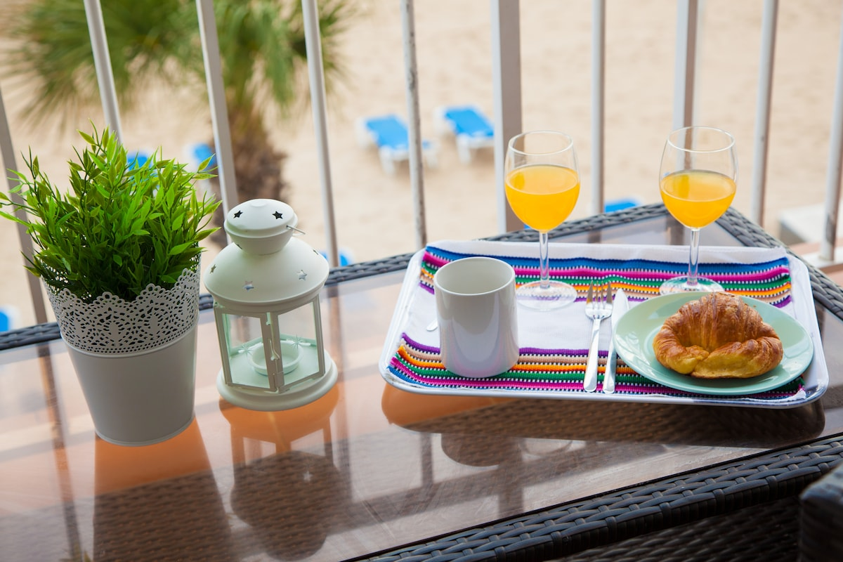 Un lujo desayunar en la terraza