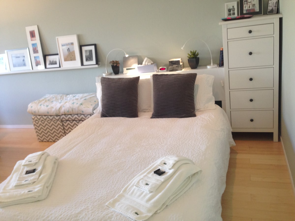 Luxury Lacoste Towels