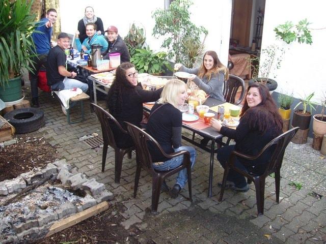 Wir lieben unsere Gäste- chillen im Garten
