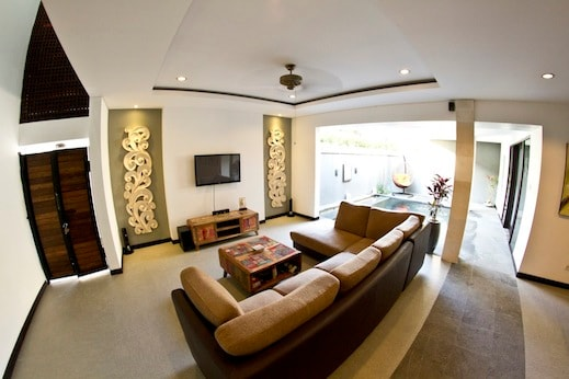 Cosy living area with dvd player, large tv and surround sound