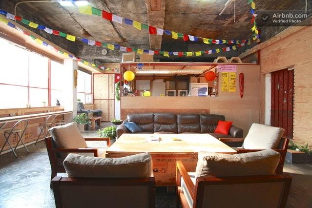 [8 Beds Dorm] Urban Art Guest House