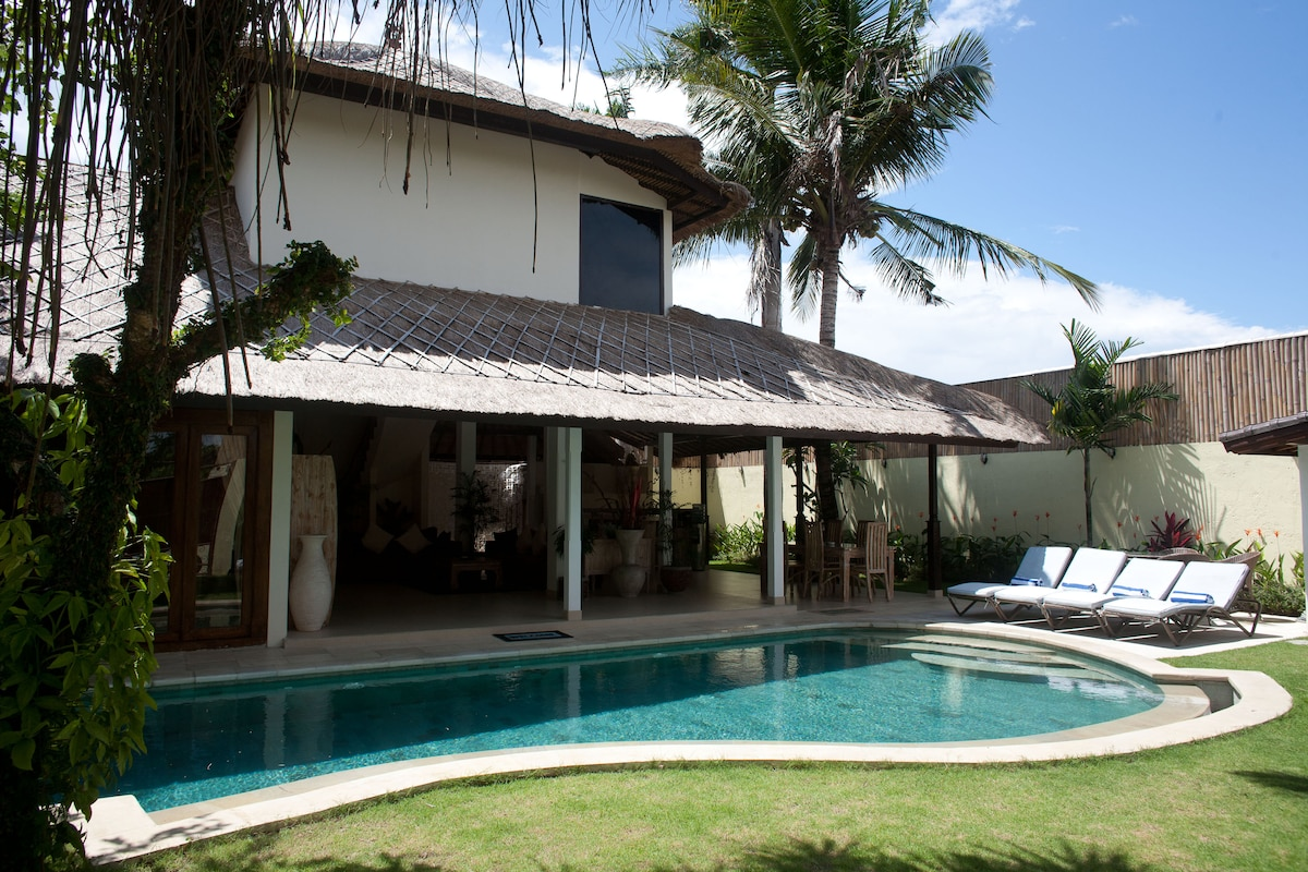 Gorgeous 3-bed+pool in Seminyak